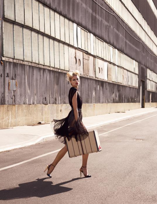 Karolina Kurkova Vogue 3 (537x700, 169Kb)