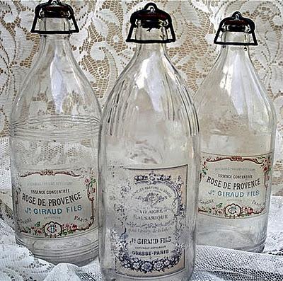 bottles polka dot closet2 (400x397, 90Kb)