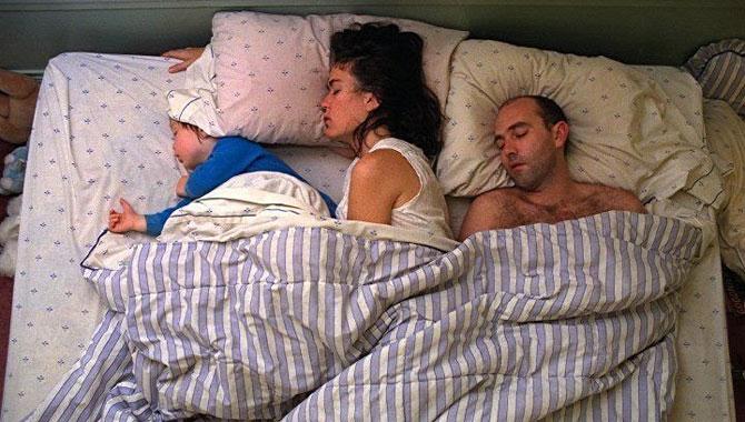 позы ребенка во сне 4 (670x380, 84Kb)