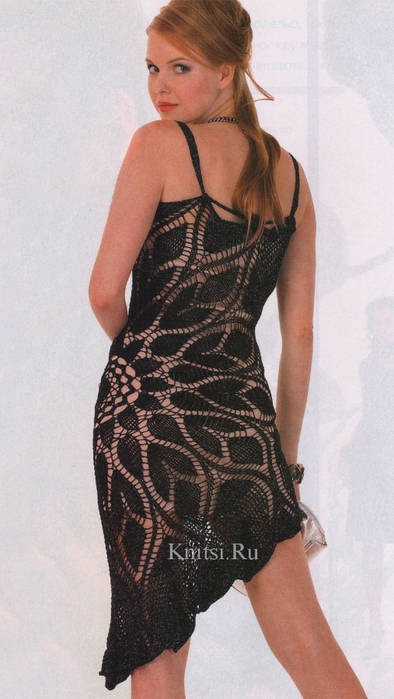 Черное ассиметричное платье