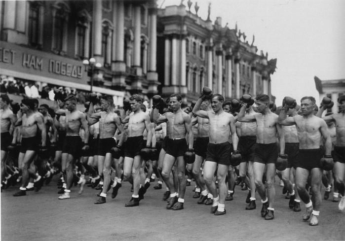 советский спорт фото 11 (700x489, 88Kb)