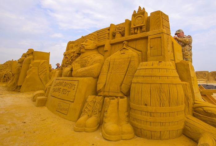 фестиваль песчаных скульптур в бельгии 2 (700x472, 347Kb)