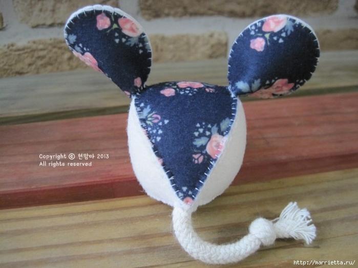 Мышки из декоративного войлока (20) (700x524, 217Kb)