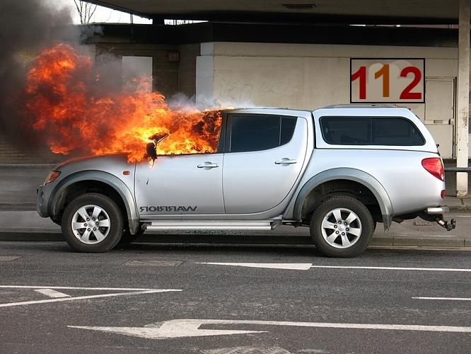 Что делать если загорелся автомобиль