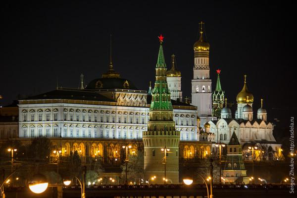 НОЧЬ большой кремлёвский (600x399, 86Kb)