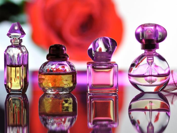 Покупка парфюмерии в Інтернет-магазинах. Защищены ли мы от подделки?