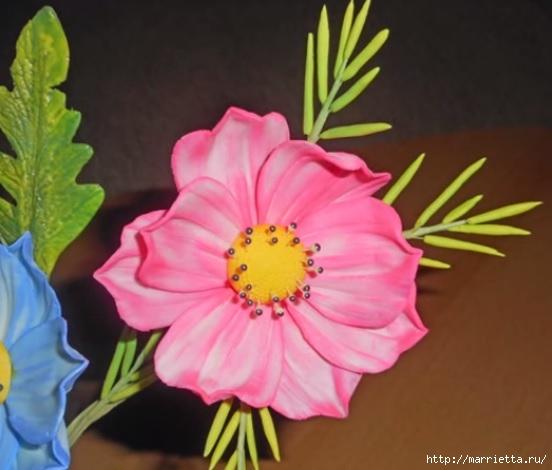 Нежные цветы из сахарной мастики для торта (5) (552x470, 118Kb)