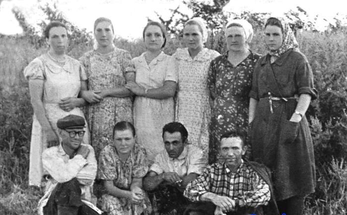 1960советские колхозники (700x433, 58Kb)