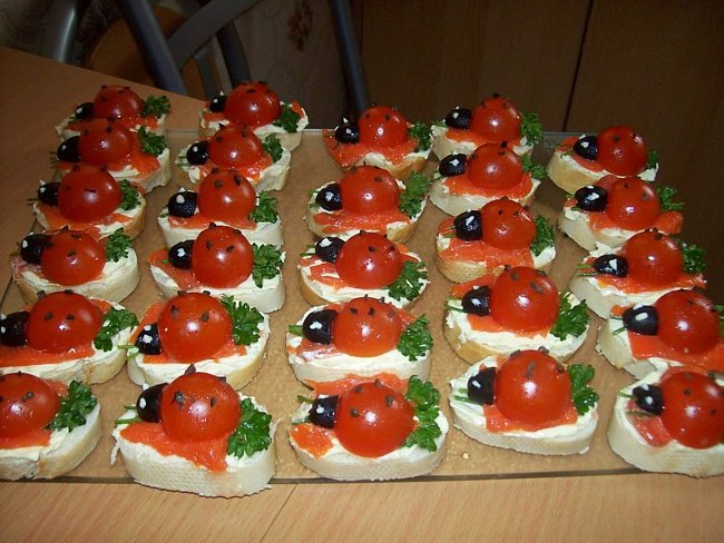 recept-vkusnyh-buterbrodov-iz-pomidor2 (650x488, 319Kb)
