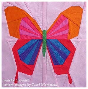 Paper Pieced Butterfly designed by Tartankiwi with textР° (298x300, 124Kb)