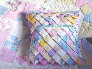подушка из лоскутков/5186405_377225_1 (300x225, 18Kb)