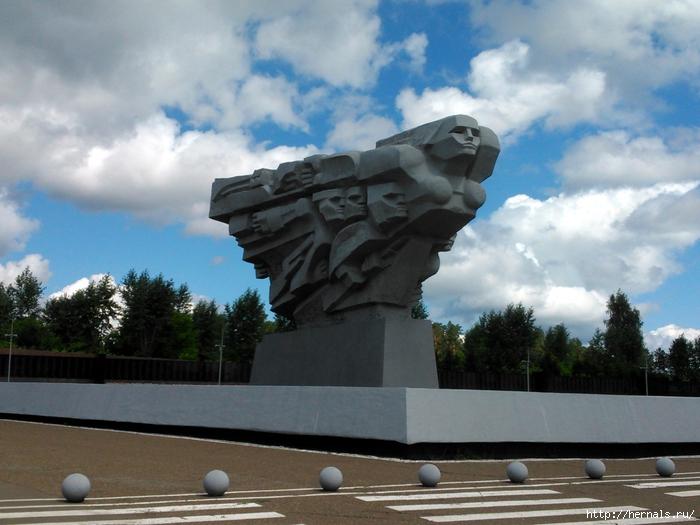 памятник татарской курице/4555640_DSC_3092 (700x525, 273Kb)
