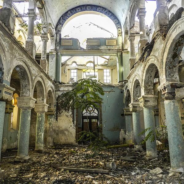 zabroshennaya-sinagoga (600x600, 473Kb)