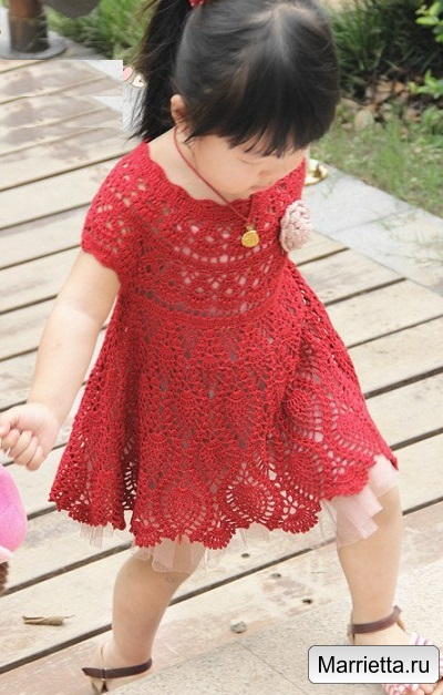 Летнее платье крючком узором ананас для девочки (1) (400x627, 263Kb)