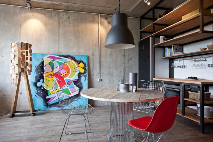 beton-v-interere-kreativnoj-kvartiry-47-kv-m4 (700x466, 364Kb)