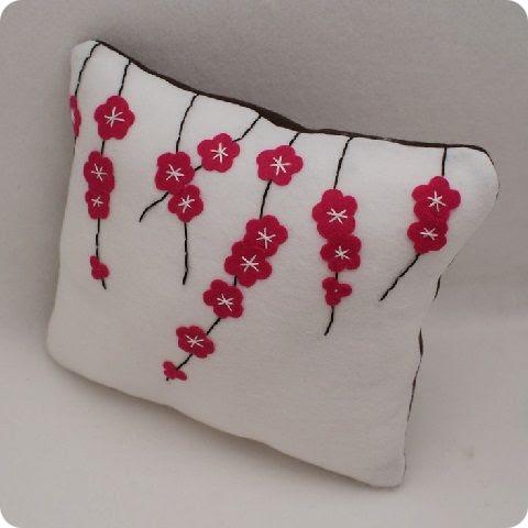 Аппликация на подушках своими руками