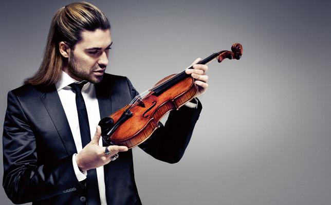 David-Garrett-mit-seiner-Violine-2011 (644x399, 156Kb)