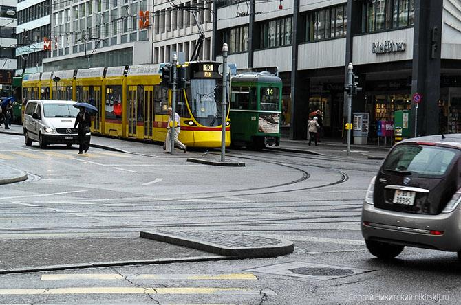 базельский трамвай фото 1 (670x444, 309Kb)