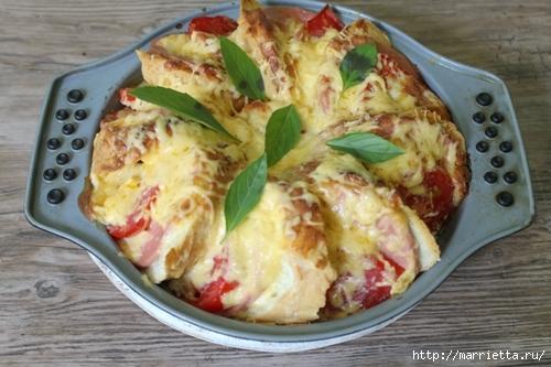 Закусочный пирог по-быстрому с сыром, колбасой и помидорами (3) (500x333, 151Kb)