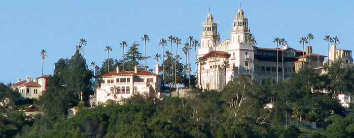 Hearst_Castle_panorama[1] (700x273, 215Kb)