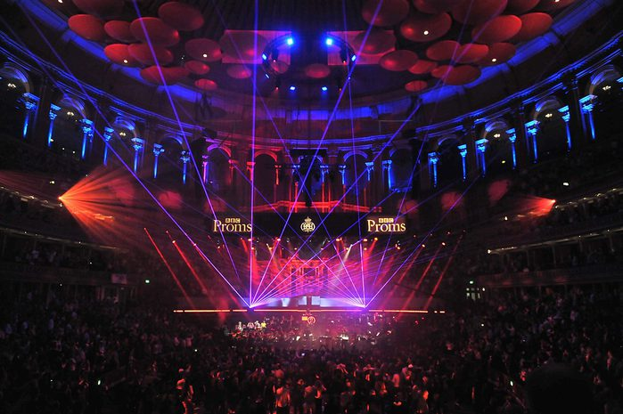 Radio1-Ibiza-Proms (700x465, 68Kb)