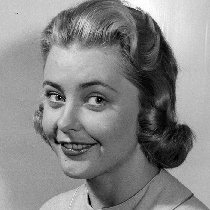 Хиллеви � омбин, Швеция. «Мисс Вселенная — 1955». 22 года, рост 170 см (700x700, 277Kb)