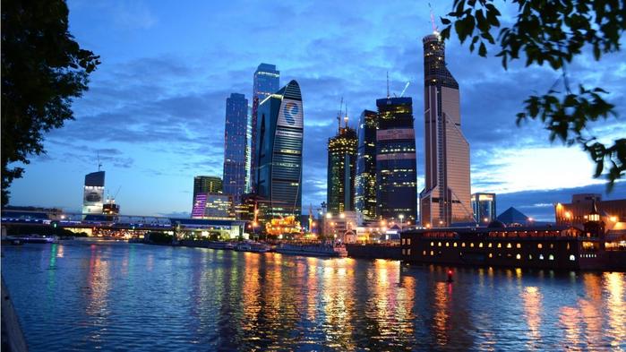 Москва-сити (700x393, 363Kb)