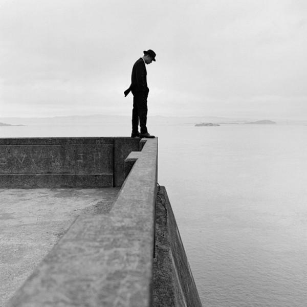 Лучшие фотографии в стиле сюрреализм от Родни Смита 10 (600x600, 51Kb)
