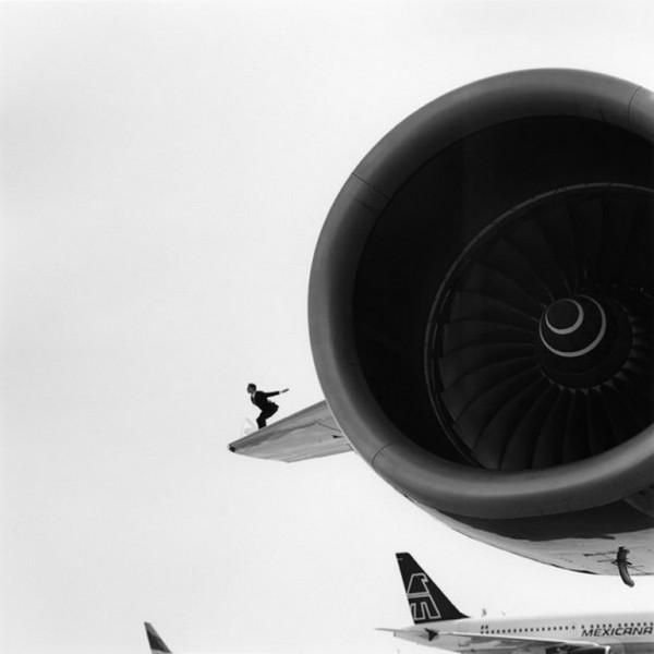 Лучшие фотографии в стиле сюрреализм от Родни Смита 19 (600x600, 33Kb)