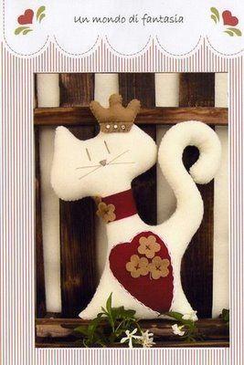 Un mondo di fantasia - gatto cuore (267x400, 24Kb)