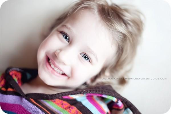 Профессиональные фото детей от студии Lucy Lime 246 (600x400, 43Kb)