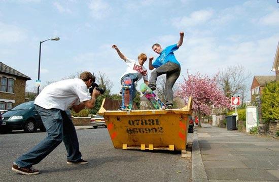 dumpster-skaters (550x360, 41Kb)