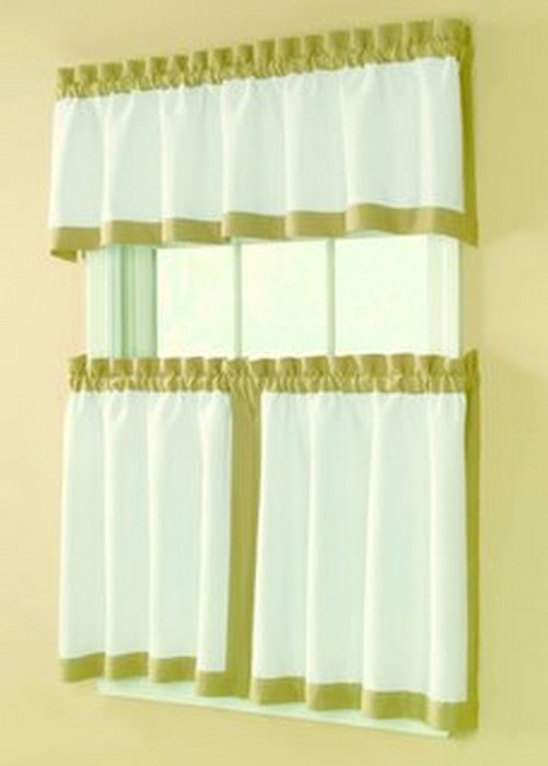 Классические шторы для кухни 43 (501x700, 39Kb)