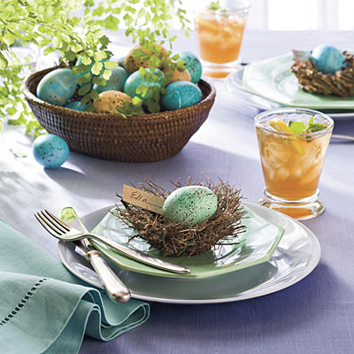pretty-easter-table-setting-decor-eggs-cute-stylish-nest-with-egg-cute-idea-decoration-lunch-table-craft (400x400, 51Kb)