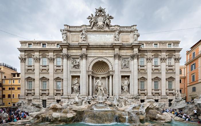 отдых в италии/1332007575_fantan_trevi (700x438, 153Kb)