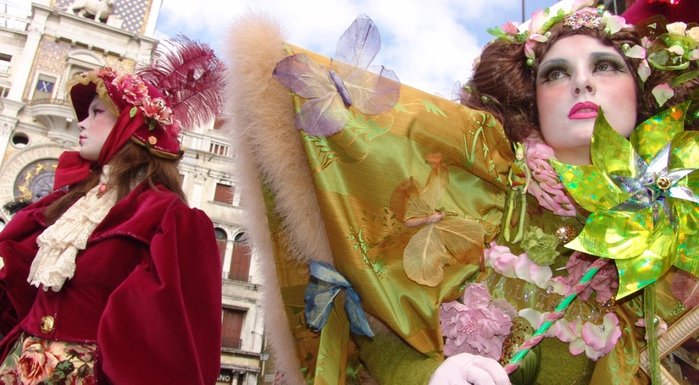 Venice_Carnival_Beauties-01 (700x385, 148Kb)