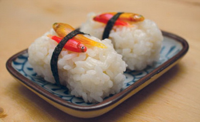 3925073_Glowing_sushi_5 (700x427, 71Kb)