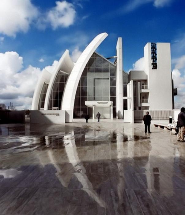 Современная храмовая архитектура 28 (604x700, 325Kb)