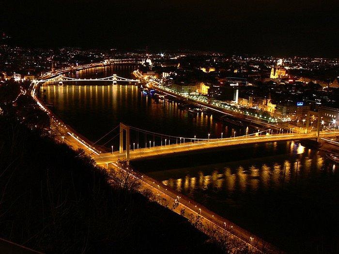 Ночной Будапешт 61974
