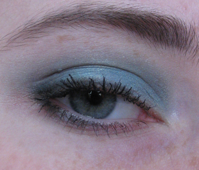 Guerlain 12 Les Aqua-Make-Up2/3388503_Guerlain_12_Les_AquaMakeUp2 (400x342, 154Kb)