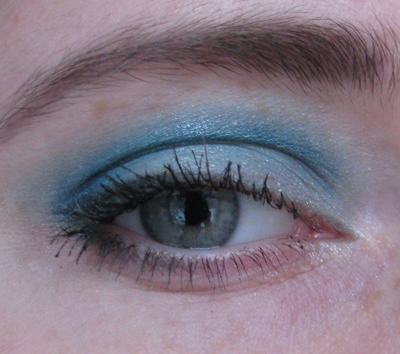 Guerlain 12 Les Aqua-Make-Up1/3388503_Guerlain_12_Les_AquaMakeUp1_3 (400x354, 158Kb)