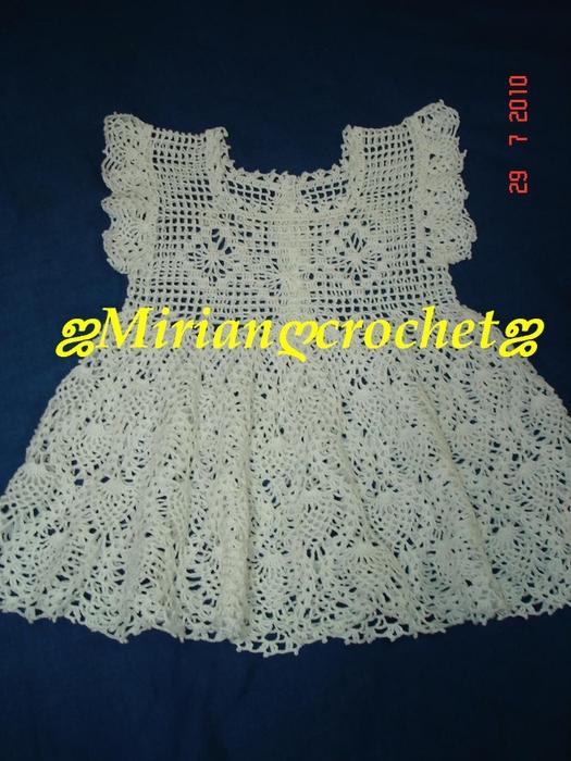 связать детское платье(525x700, 268Kb)