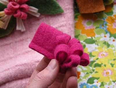 Felt-Flower-Mini-Tote9 (400x304, 28Kb)