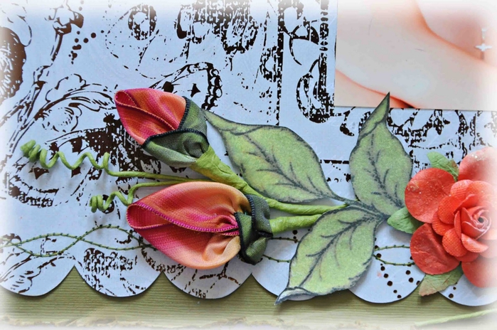 Цветы из материала и лент