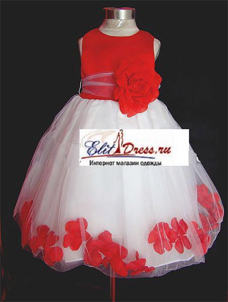 Нарядные детские платья с лепестками.