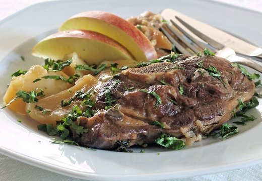 Баранина с яблоками в духовке пошаговый рецепт с