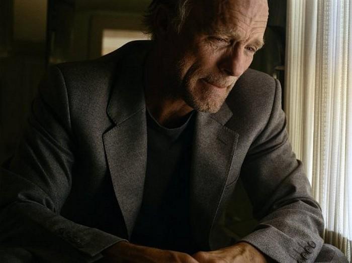 Плачущие мужчины фотографа Сэм Тэйлор-Вуд - Ed Harris (700x524, 66Kb)