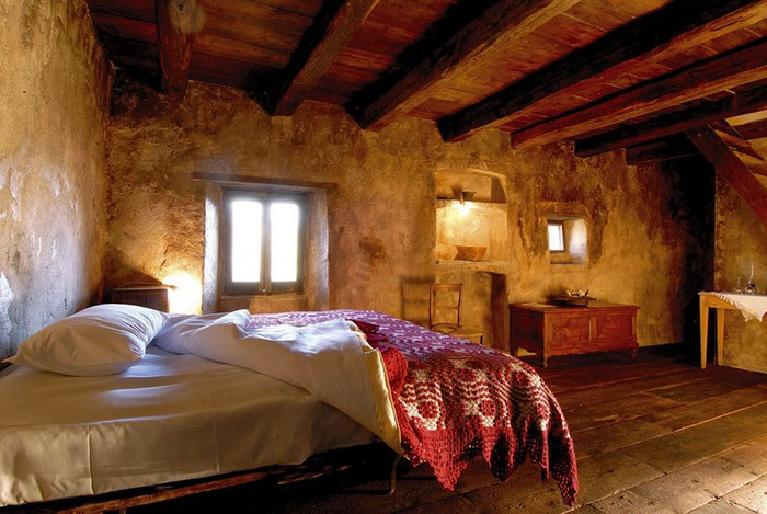 Итальянский эко-отель Albergo Diffuso Santo Stefano di Sessanio 3 (700x469, 101Kb)