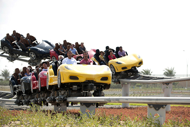 Ferrari-World-Abu-Dhabi_09 (630x420, 116Kb)