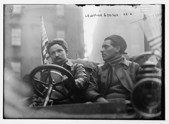 800px-1908_New_York_to_Paris_Race%2C_Lelouvier (700x517, 43Kb)